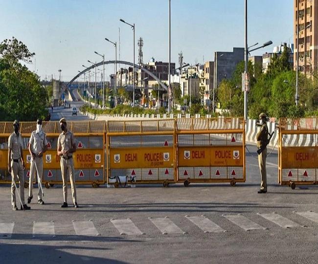Delhi Lockdown: 1-week complete lockdown imposed in Delhi from tonight amid spike in COVID cases | Updates