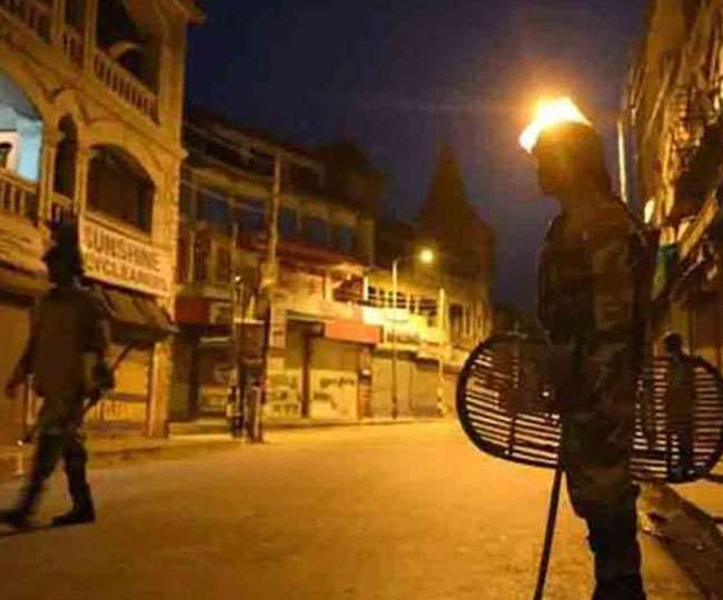 UP COVID Restrictions: Night curfew in all districts with over 500 active cases | Latest Updates