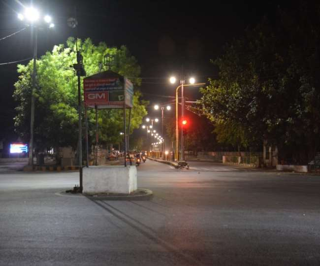Bhopal COVID Restrictions: Night curfew extended in city till May 3   Here's what's allowed and what's not