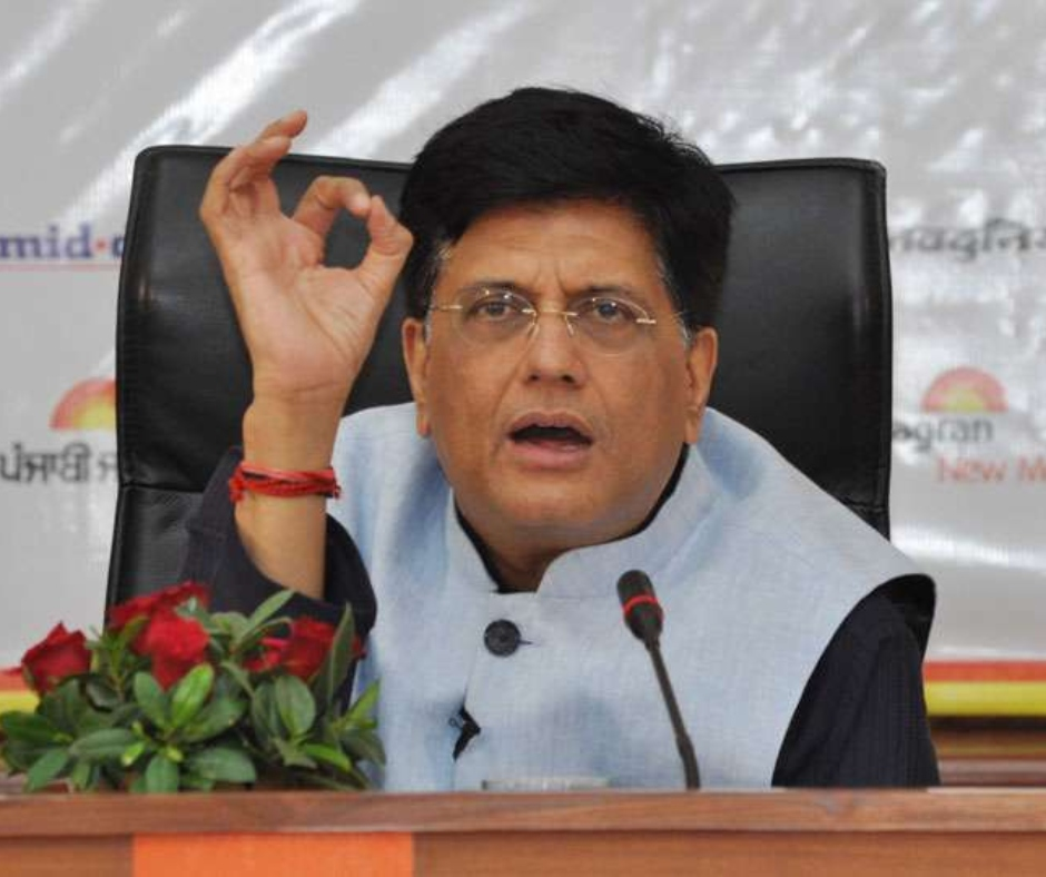 Piyush Goyal praises railwayman for risking his own life to save a child from approaching train