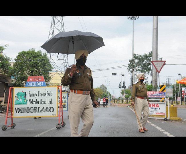 Chandigarh COVID Restrictions: Weekend curfew imposed in city amid spike in cases | Latest Updates