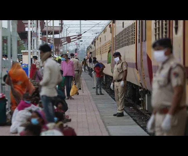 Travelling to Maharashtra from Delhi, Gujarat, Rajasthan, Goa, Kerala, Uttarakhand via train? Here's what you should know