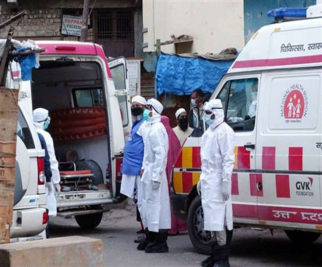 India COVID Tally: Active caseload rises again as country reports over 42,000 new cases, 562 deaths