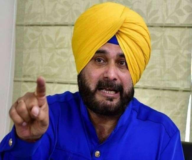 'Eint se eint bajaa dunga': Navjot Singh Sidhu's warning to Congress amid power tussle in Punjab | WATCH