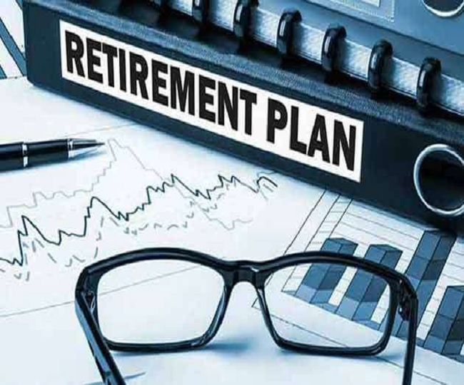 Govt changes NPS rules, raises family pension for PSB employees | Benefits Explained