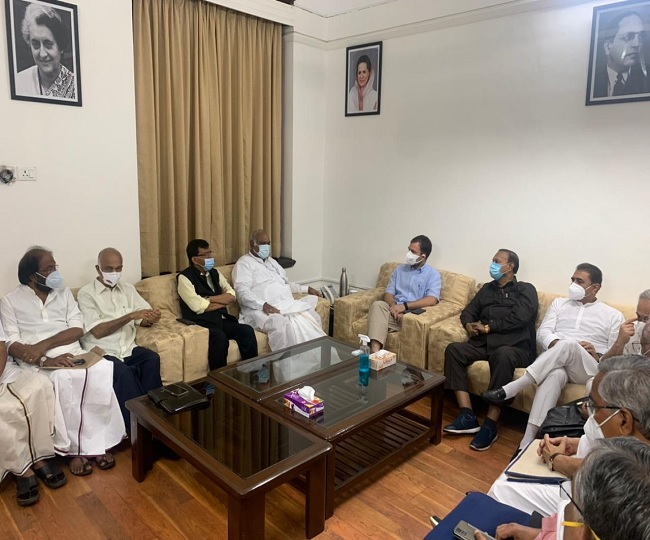 Rahul Gandhi invites Opposition MPs for 'Mock Parliament' on Aug 3 to discuss strategy over Pegasus, farmers' row