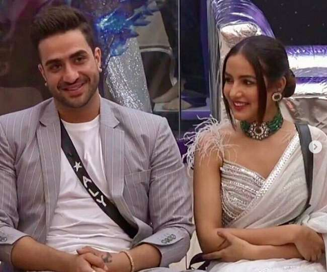 Bigg Boss 14: Aly Goni and Jasmin Bhasin to get engaged? Know what Sonali Phogat has to say on this