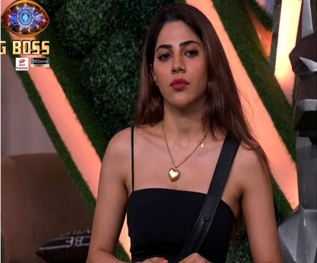 Bigg Boss 14: Will Nikki Tamboli accept BB's offer to walk out of the show for Rs 6 lakh before Grand Finale?