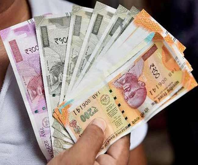 7th Pay Commission Latest News: Govt expected to give 4 per cent hike DA, DR for employees before Holi