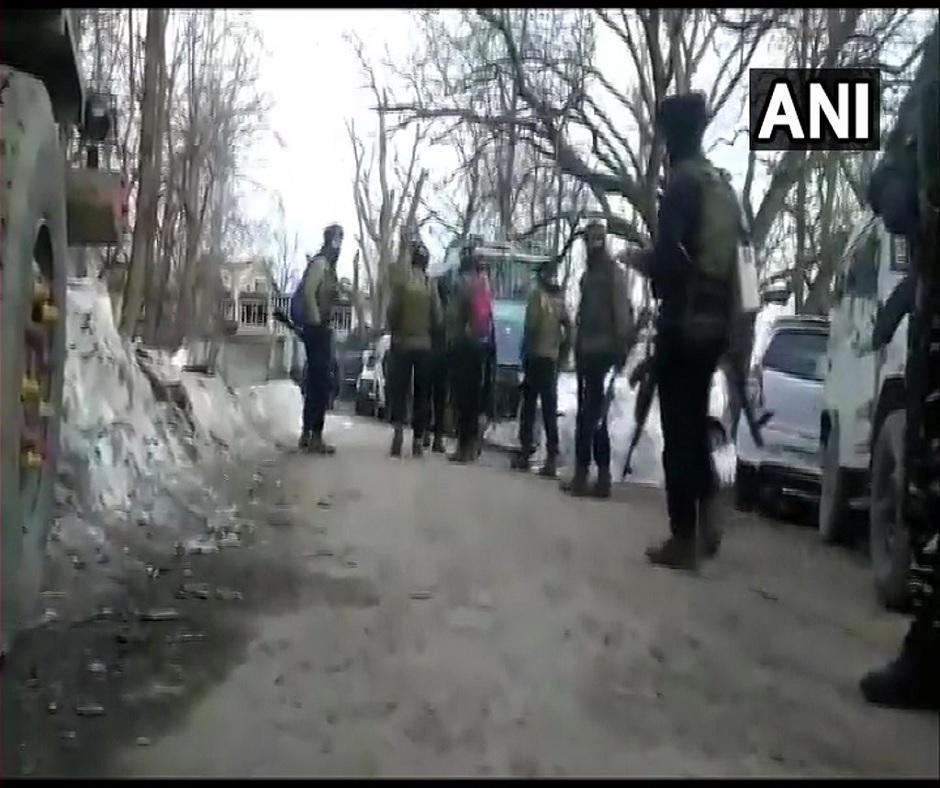 3 Lashkar militants killed, cop martyred in encounter in Jammu and Kashmir's Shopian