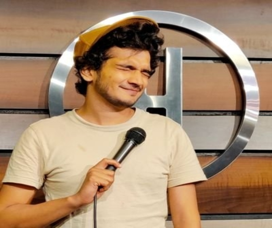 SC grants interim bail to comedian Munawar Faruqui, issues notice to MP Police