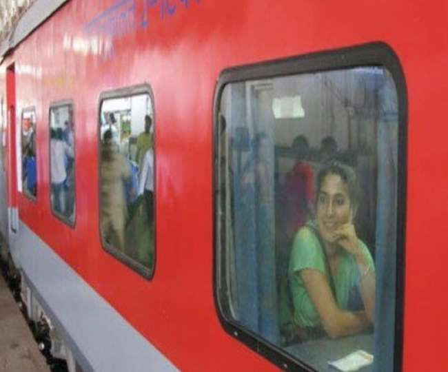 Curtain problem in AC coaches? Here's how Indian Railways solved the issue with a unique innovation
