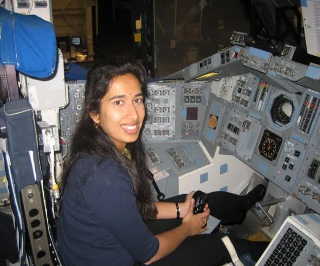 'The Great Indian Bindi': Desi Twitterati laud NASA Scientist Swati Mohan for donning 'bindi' during Perseverance landing