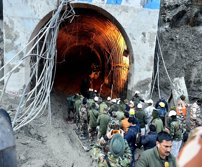 Uttarakhand Floods: Death toll mounts to 31, race against time to rescue 30 workers trapped in tunnel | Top Updates