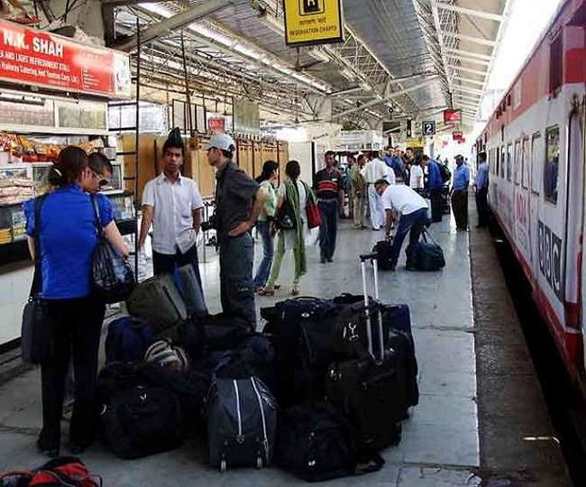 Attention commuters! Railways will now deliver your luggage to your home from station | Details inside