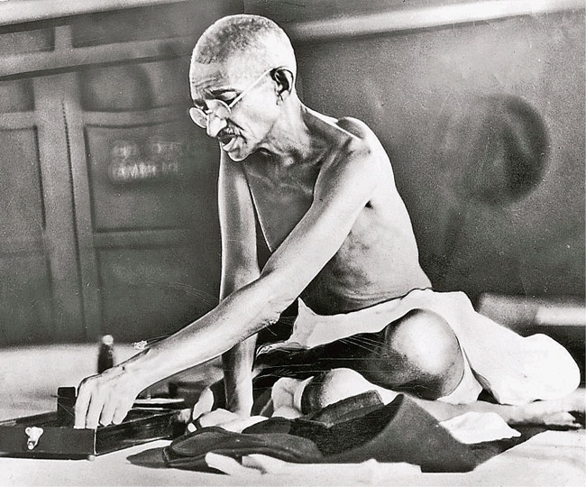 Mahatma Gandhi Death Anniversary: 7 unknown facts about Bapu that you must know