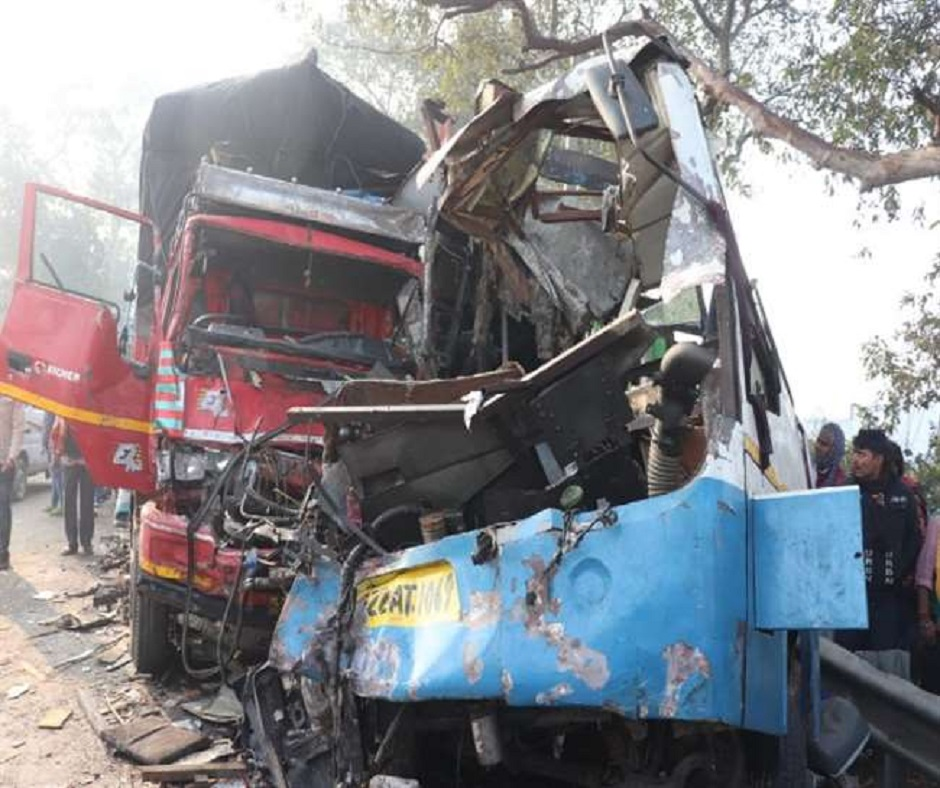 10 killed, 25 injured in bus-truck collision on Moradabad-Agra Highway; ex-gratia announced