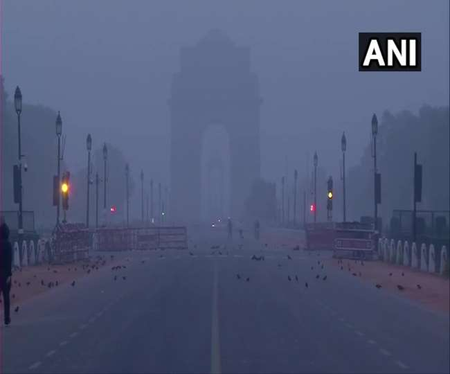 Cold wave returns as Delhiites shiver at 3.6 degrees; IMD issues orange alert for next 2 days expecting 'very dense' fog
