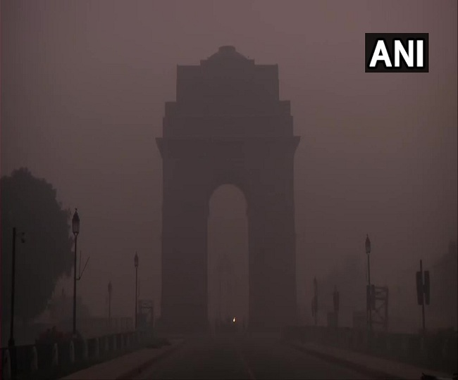 Delhi Weather Updates | At 1.1, mercury drops to 15 years low on New Year's day as 'severe' cold wave grips capital