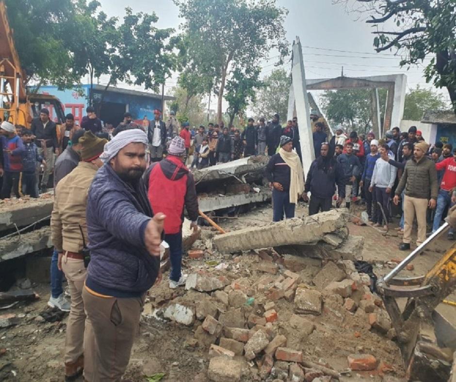 Muradnagar Crematorium Roof Collapse: 3, including junior engineer, arrested; death toll rises to 25