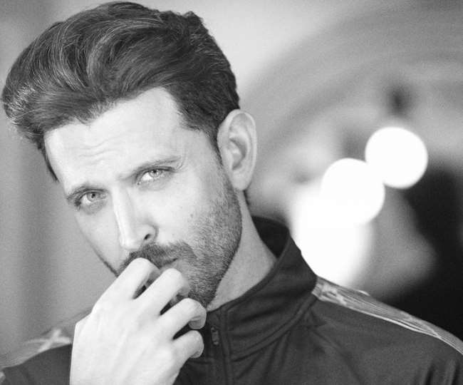 'Back on Sets': Hrithik Roshan's intense look selfie will drive away your Monday blues, check out