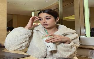 Janhvi Kapoor's latest stressed out 'Work From Home' pics are basically..