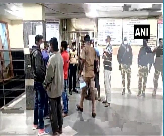 10 infants killed in massive fire at Newborn care unit in Maharashtra hospital; CM orders probe, Rs 5 lakh ex-gratia