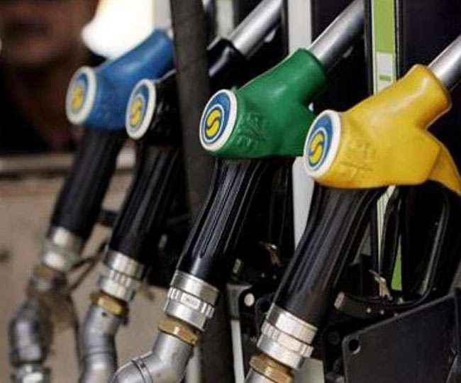 Petrol Pump Frauds: Follow these tips to avoid getting conned at fuel stations