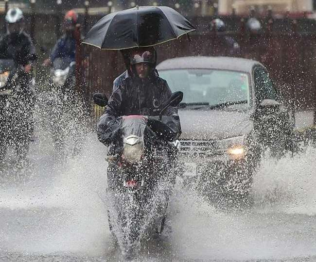 Orange alert for Delhi; these districts in UP, Bihar to see moderate to heavy rainfall