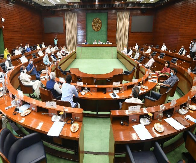 Parliament Monsoon Session: Oppn keen on discussing pandemic, farmers' protest as govt looks for passage of 23 Bills