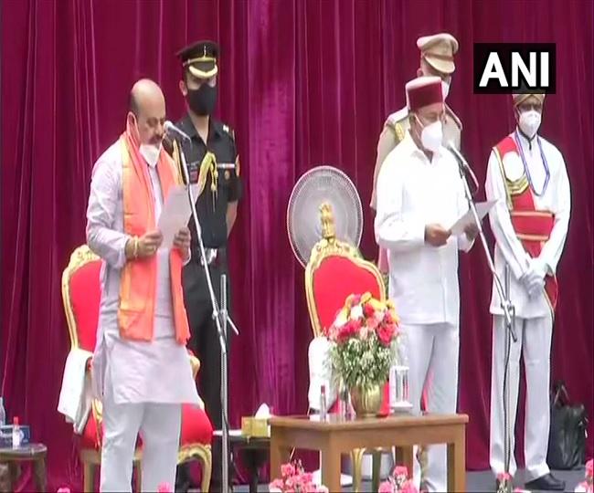 Basavaraj Bommai takes oath as 23rd Karnataka Chief Minister succeeding BS Yediyurappa