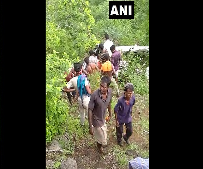 1 killed, another injured in helicopter crash in Maharashtra's Jalgaon; probe ordered