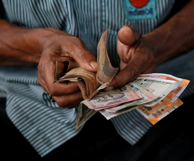 7th Pay Commission Latest News: Govt hikes DA for Central govt employees to 28 per cent from 17 per cent