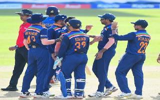 India vs Sri Lanka 2021, 1st T20I: Surya, Bhuvneshwar star in easy India..