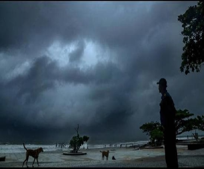 Monsoon Updates: Heavy rains cripple many cities, incessant rains predicted in Delhi this week; Mumbai, Himachal on red alert