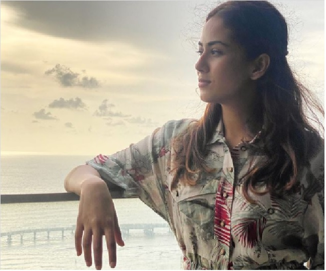 Shahid Kapoor's wife Mira Rajput shares stunning view from their high-rise sea-facing apartment | See pic