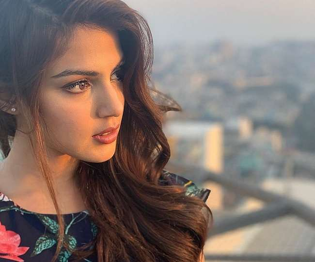 Rhea Chakraborty shares how she is 'healing' from trauma; fans shower support