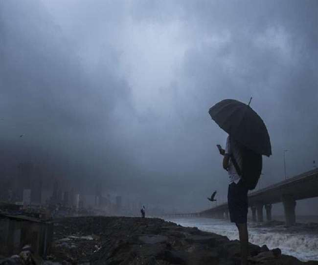 Monsoon Updates: Yellow alert for Delhi, red alert for Mumbai as IMD predicts heavy rains for north, west India