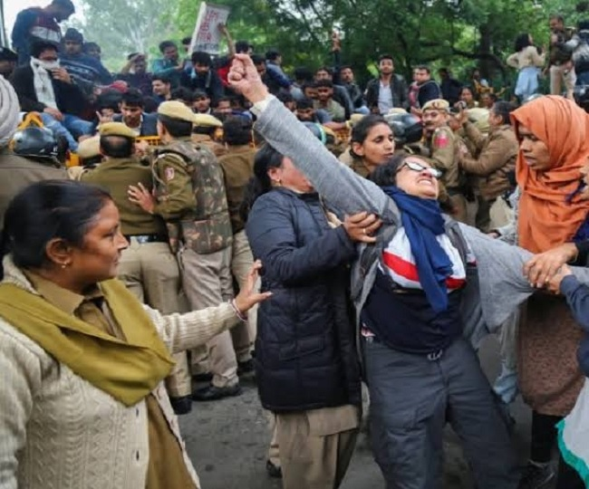 'In its anxiety to suppress dissent': HC grants bail to JNU, Jamia student activists arrested in Delhi Riots case