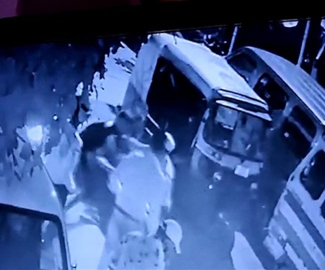 Caught-on-Camera: Out to buy cake for father, 19-year-old stabbed to death by 4 in Delhi