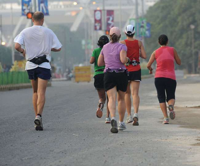 World Sauntering Day 2021: From mental health to muscle cramps, here's how a slow walk can be beneficial