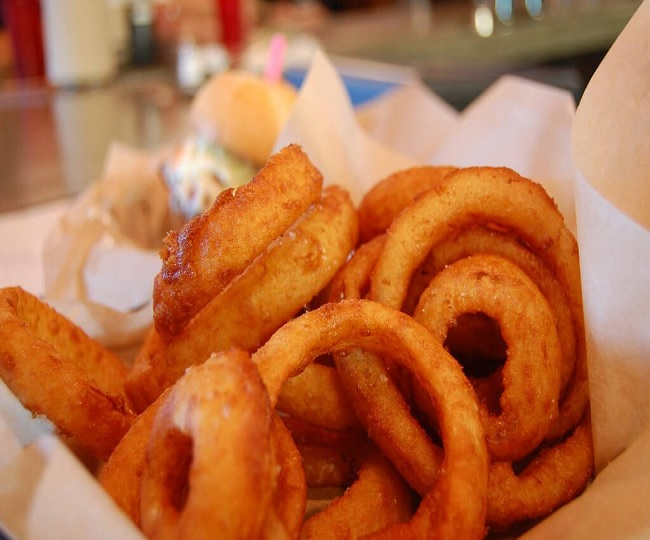 Happy Onion Rings Day 2021: Lip-smacking recipe you should definitely give a try on this day