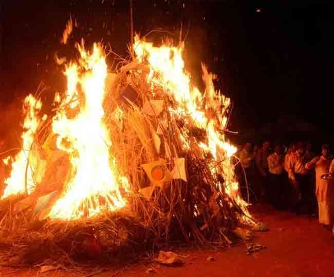 Holika Dahan 2021: Date, time, shubh muhurat, and more | All you need to know