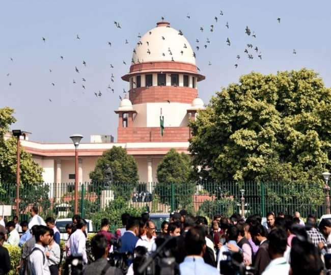 Supreme Court refuses to extend 6-month loan moratorium period, says interest waiver not possible