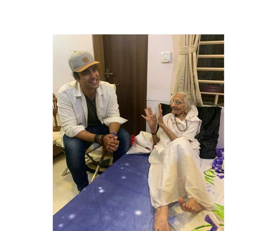 'Now I know why PM is so humble...': Jubin Nautiyal meets PM Modi's mother Heeraba | See Pics