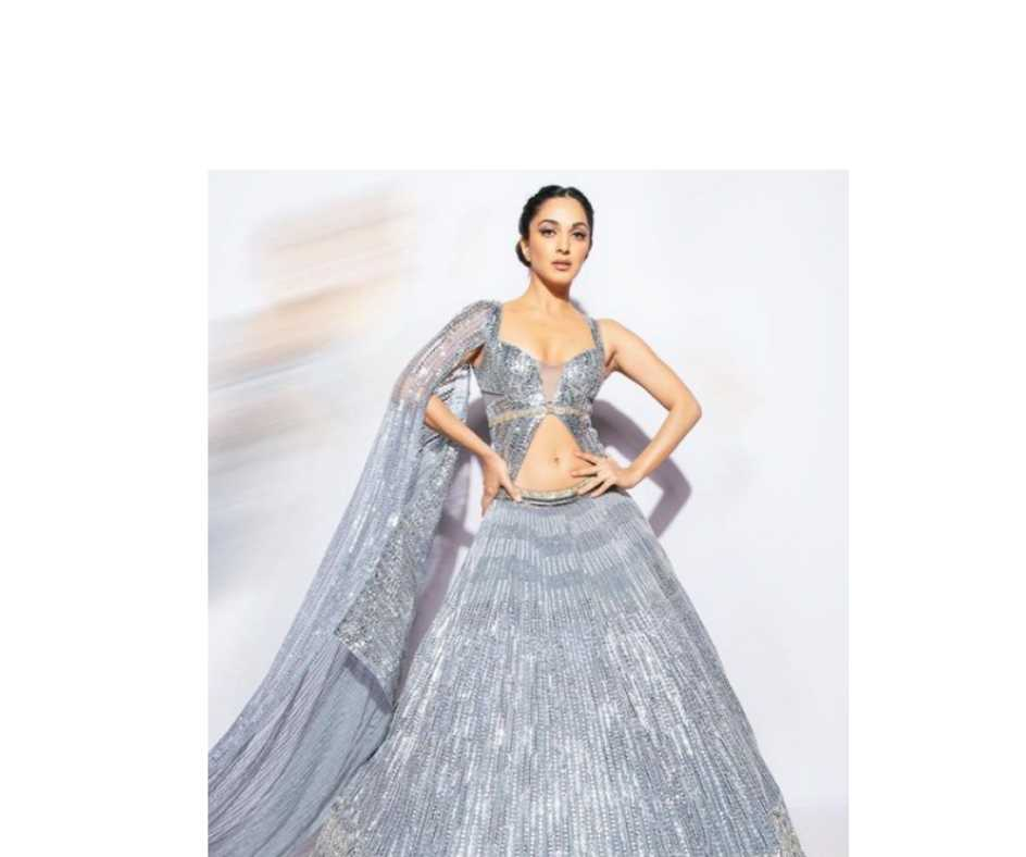 Kiara Advani looks right out of a fairytale in silver lehenga, 5 times actress wooed fans with her ethnic attire