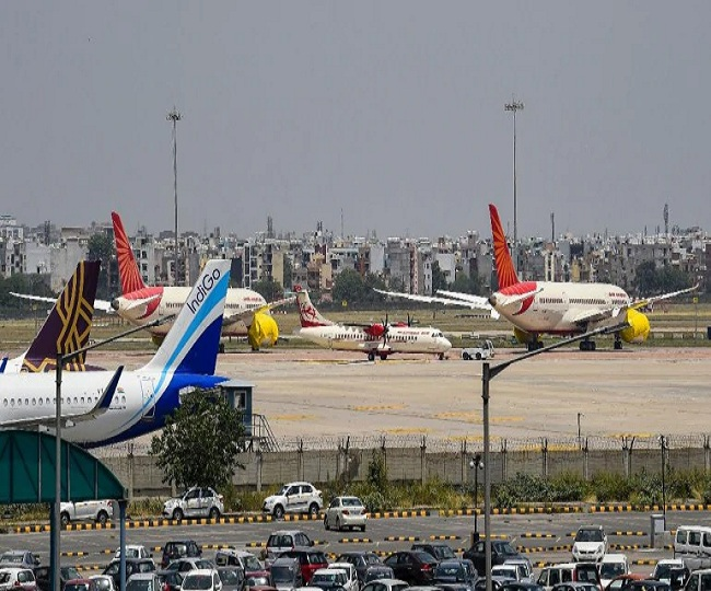 Attention flyers! Domestic flights to get costlier by 5% as Centre hikes fare band | Check details here