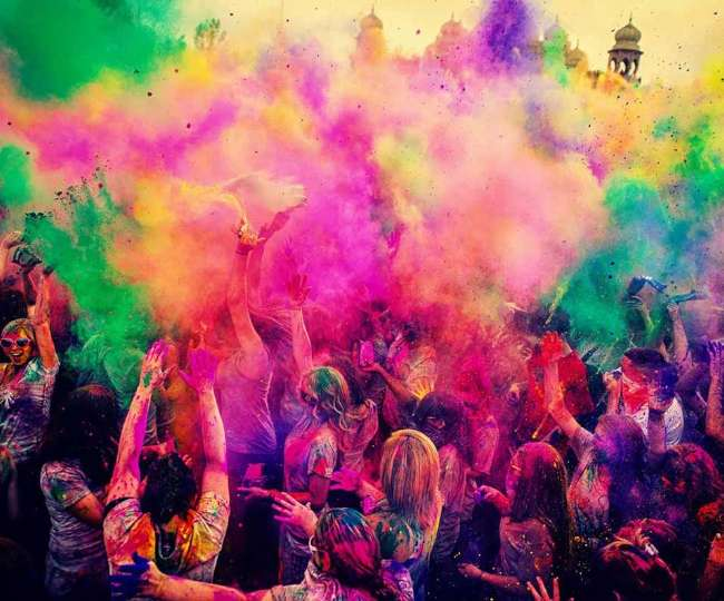 Holi 2021: Check out the meanings behind 5 colours of this festival