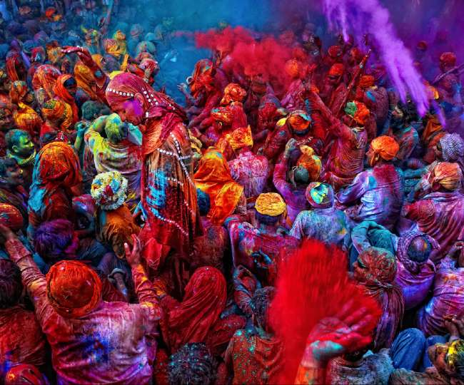 Social distancing goes for a toss as people celebrate Holi amid fears over 2nd COVID wave | Pics and Videos