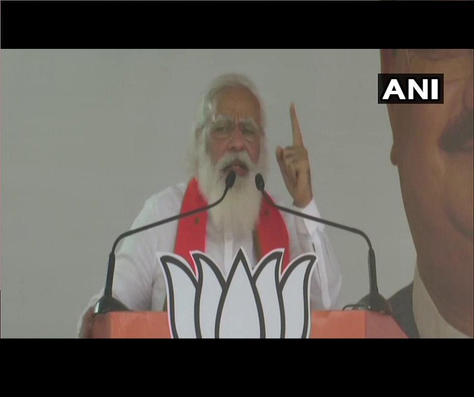 West Bengal Polls   'Asol Parivartan' is coming: PM Modi warns Mamata Banerjee as BJP ups ante to overturn TMC rule